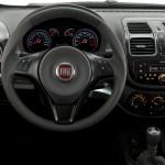 Fiat Grand Siena 2013 fotos oficiais modelo attractive vermelho detalhes do novo painel