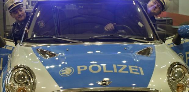 Mini de polícia é uma das principais atrações da feira