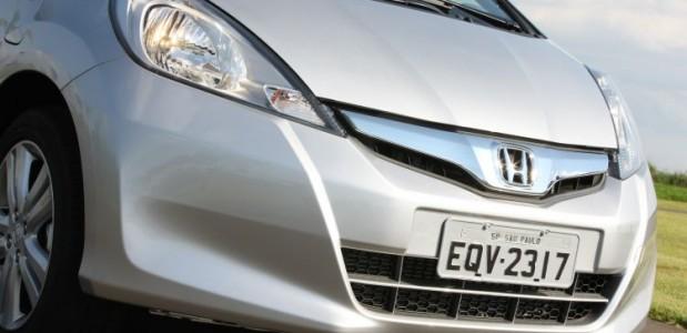 novo Honda Fit 2013 comeca a ser vendido em abril detalhe da frente
