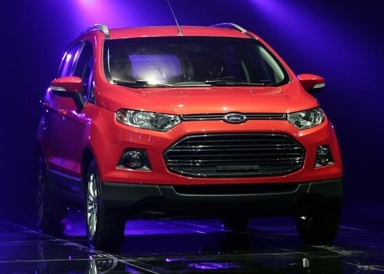 Novo Ford Ecosport imagem oficial da frente do novo modelo 2013