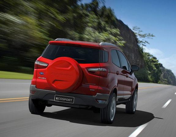 Novo Ford Ecosport imagem oficial da traseira do novo modelo 2013 titanium