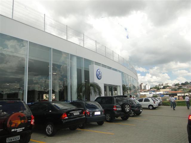 Nova Germanica Volkswagen em Campinas fachada da  Unidade Amoreiras