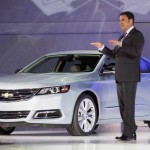 stand montadora Chevrolet mostra o impala 2014 no salao de nova york 2012