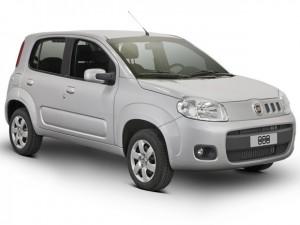 Novo Fiat Uno 2013 economy com novas calotas