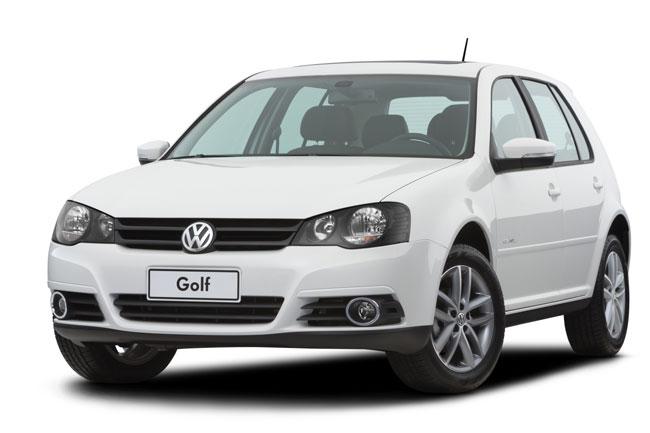 Volkswagen Golf 2013 cai de preço