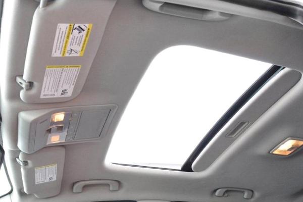 captiva 2012 fotos do interior do modelo com detalhe do teto solar