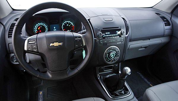 Interior renovado da nova S10 2012 ajudou o modelo a se destacar no período