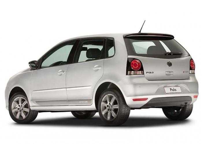 Volkswagen polo hatch 2013 com mais opcionais e preço mais em conta 2