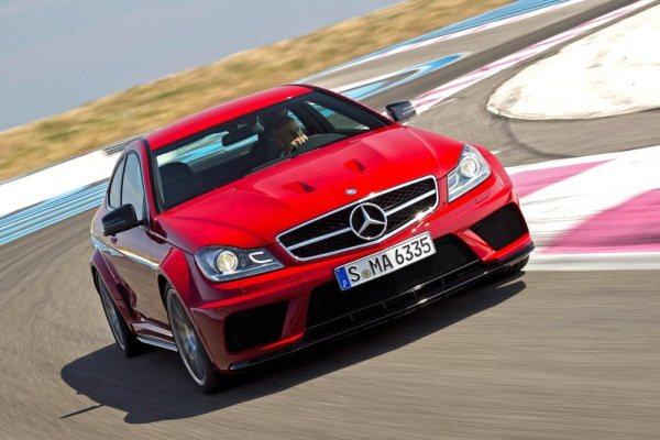 Mercedes-Benz C63 AMG Coupé Black Series C começa em mais de 300 mil reais