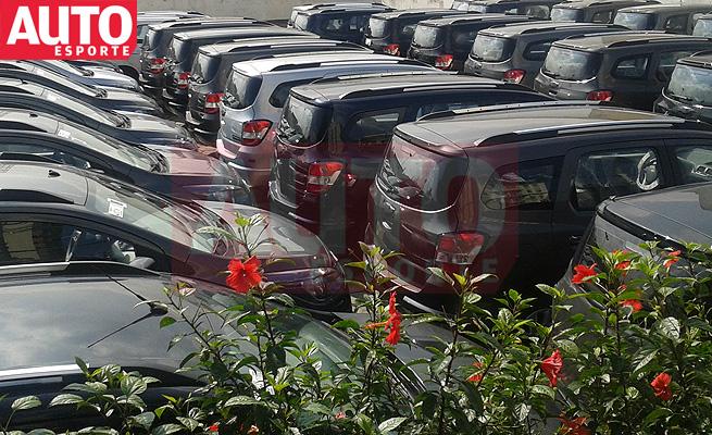 Nova Chevrolet Spin Minivan de 5 e 7 lugares 2012 frota pronta para lançamento