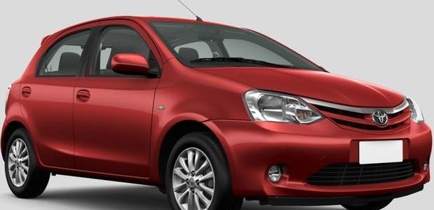 Novo Toyota Etios carro popular da marca japonesa que estreia no brasil em 2012