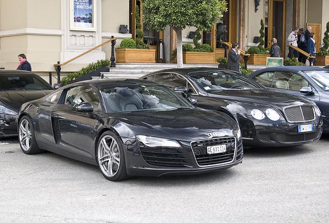 Audi R8 e bentley continental GT