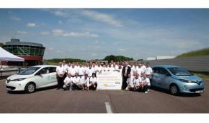 zoe-renault-carro-conceito-2013-bate recorde mundial de distancia na frança e entra para livro dos recordes