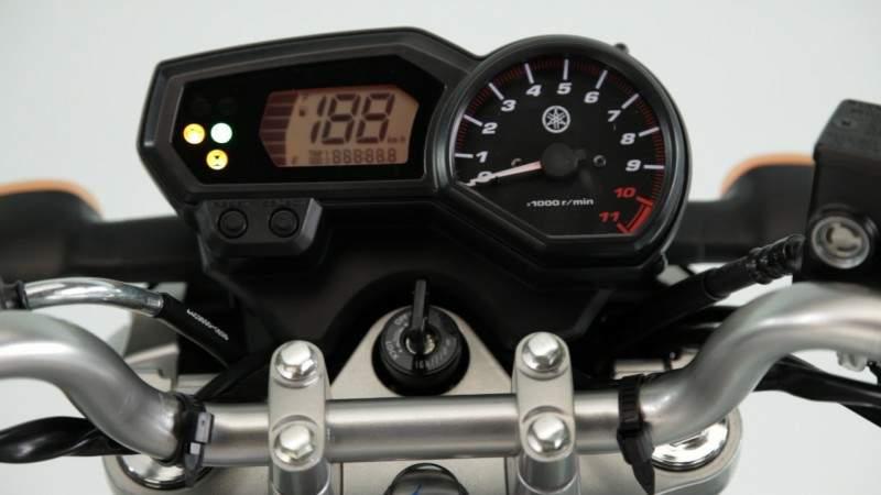 Yamaha YS 250 Blue Flex 2013 lançamento detalhes do painel
