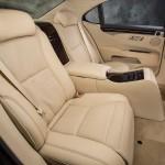 Lexus LS 460 2013 que estará no salão do automóvel de São Paulo detalhes do banco