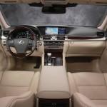 Lexus LS 460 2013 que estará no salão do automóvel de São Paulo interior