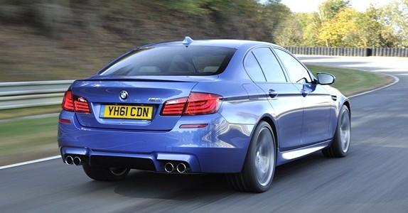 Nova -BMW M5_2012-será-lançada-em-outubro-fotos-da-traseira