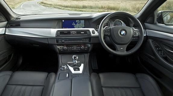 Nova -BMW M5_2012-será-lançada-em-outubro-fotos-do-interior