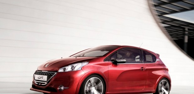 Peugeot-208_GTi_2012 4