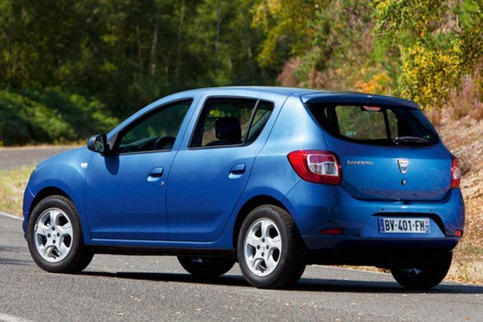 Renault 2013-Dacia-Sandero-detalhes traseira salao de paris 2012