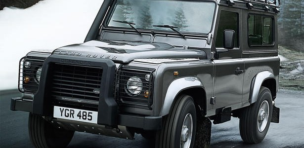 2012-Land-Rover-Defender-1