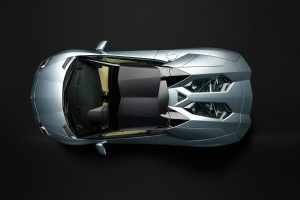 2013-lamborghini-aventador-lp700-4-roadster-revealed-photo-gallery_46