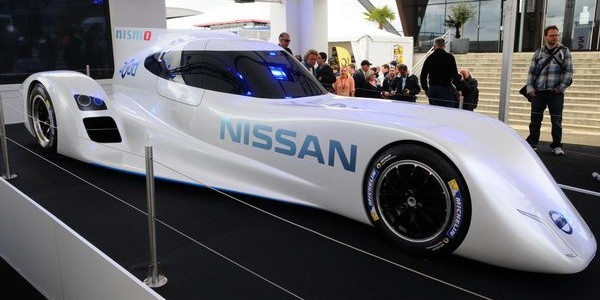 Nissan Zeod RC o carro elétrico mais rápido do mundo exposto em Lemans