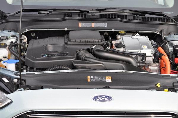 detalhes do motor do ford fusion hybrid lançado no brasil em agosto