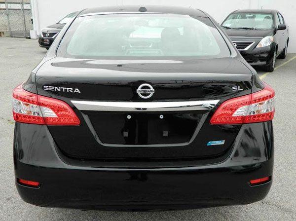 Detalhes da traseira do Novo Sentra 2014 da Nissan